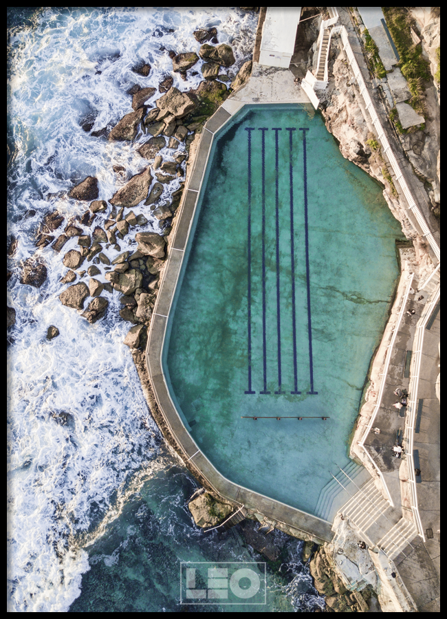 Tranh lẻ canvas BRONTE SWIMMING POOL